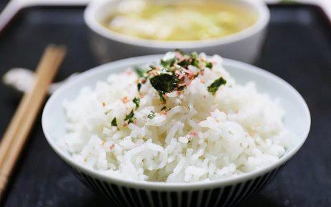"""会吃米的人更健康!改善体质加营养,6种""""长寿米""""别错过"""