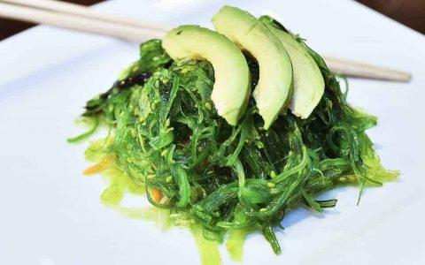 海藻,大自然最丰富的营养源,含丰富微量元素与叶绿素的超碱性食物!